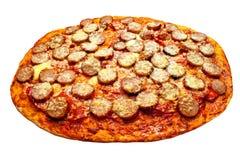 Pizza con los salchichones y la salchicha Imagen de archivo libre de regalías