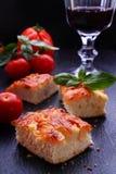 Pizza con queso Imagen de archivo