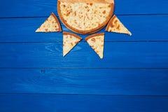 Pizza con tres quesos Fotografía de archivo libre de regalías