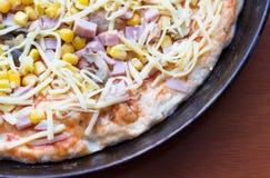 Pizza cruda Fotografia Stock Libera da Diritti