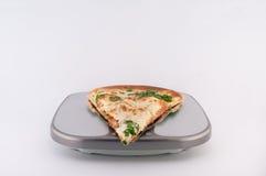 Pizza dalej Waży Zdjęcia Royalty Free