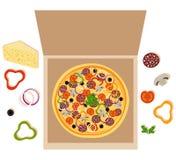 Pizza dans le cadre ouvert Pizza avec du fromage, le salami, la tomate, les champignons, les olives noires, le poivron doux, les  illustration stock
