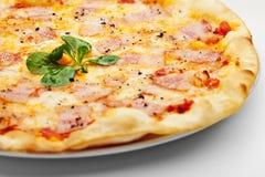 Pizza de Carbonara imagem de stock royalty free