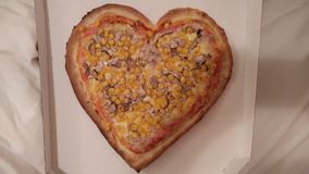 Pizza de coeur Photos stock
