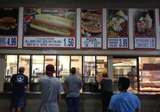 Pizza $ de Costco de gare 99 Photo stock