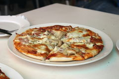 Pizza de fromage Photo libre de droits