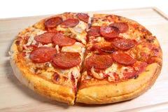 Pizza de Pepperoni Foto de Stock Royalty Free