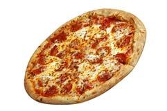 Pizza de pepperoni d'isolement Photos stock