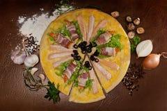 Pizza de poissons et de crevettes Image stock