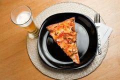 Pizza de poulet de Buffalo photographie stock
