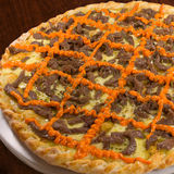 Pizza de queijo da carne e do queijo Cheddar Imagem de Stock