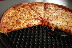 Pizza de queso Imágenes de archivo libres de regalías