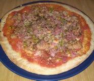 Pizza de thon et de jambon photos stock