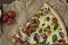 Pizza del artesano Imagenes de archivo
