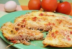 Pizza del espagueti imagen de archivo libre de regalías