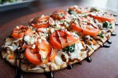 Pizza del Flatbread Immagini Stock