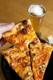 Pizza del pollo del búfalo Imagen de archivo libre de regalías