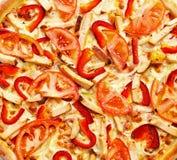 Pizza del pollo en el cuadrado Imagen de archivo