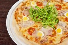 Pizza della carne Immagine Stock