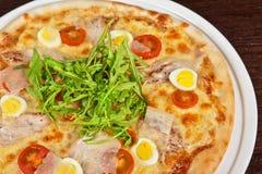 Pizza della carne Immagini Stock