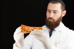 Pizza della tenuta di medico Fotografia Stock Libera da Diritti