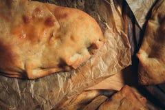 Pizza di Calzone Fotografie Stock Libere da Diritti