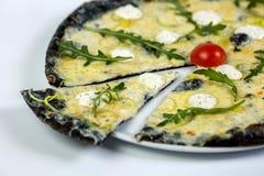 Pizza di formaggio nera Immagini Stock Libere da Diritti