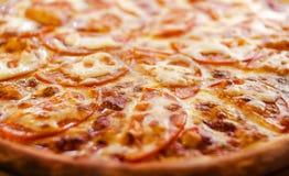 Pizza di Margaritta con formaggio Fotografia Stock