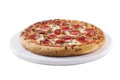 Pizza die op wit wordt geïsoleerde Royalty-vrije Stock Foto