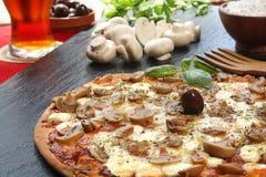 Pizza do cogumelo Fotos de Stock Royalty Free