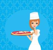 Pizza do serviço da empregada de mesa Foto de Stock Royalty Free