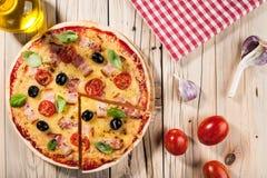 pizza domowej roboty obrazy royalty free
