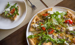 Pizza Draufsicht, selektiver Fokus Stockfoto
