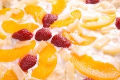 Pizza dulce con cierre de la fruta para arriba imagenes de archivo