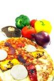 Pizza e ingredientes Imágenes de archivo libres de regalías