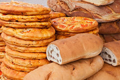 Pão italiano e pizza imagem de stock