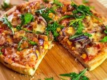 Pizza e Rucola fotos de stock