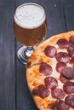 Pizza en bier Royalty-vrije Stock Foto