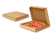 Pizza en caja libre illustration