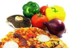 Pizza en ingrediënten 2 Stock Fotografie