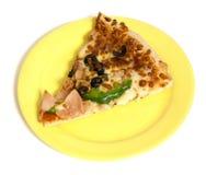 Pizza en la placa Fotos de archivo libres de regalías