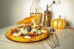 Pizza especial da base da batata Fotografia de Stock Royalty Free