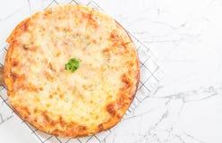 pizza för ost fyra Arkivbilder