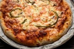 Pizza faite maison Photos libres de droits