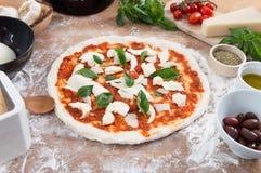 Pizza feita home fresca Fotografia de Stock