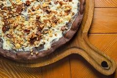 Pizza feito a mão do chocolate fotos de stock royalty free