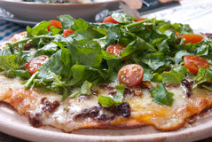 Pizza fraîche photos stock