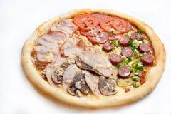 Pizza, generi differenti di pizze al menu del ristorante e pizzeria Immagine Stock