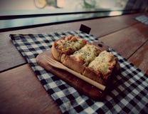 Pizza geroosterd brood Stock Fotografie