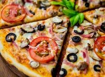 Pizza grande Fotografía de archivo